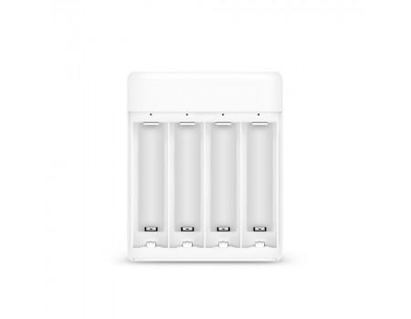 ЗУ Xiaomi ZMI PB401 White - с аккумуляторами AA (4 шт)